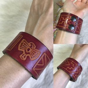 Carved Leather Eagle Snap Bracelet
